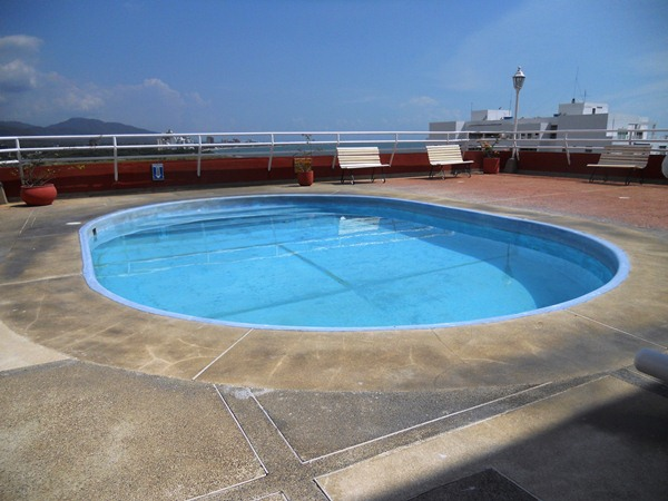 Piscina Santa Marta Royal